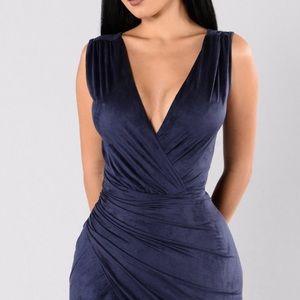 Fashion Nova navy blue dress